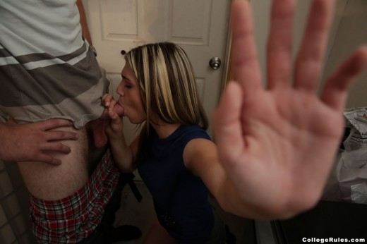 college chick sucking cock at frat party